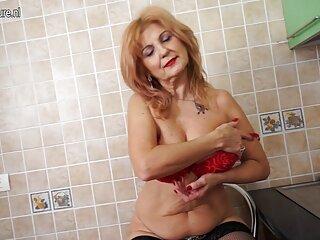 赤いアマチュアは、パンツを落とし、BJ公共 女子 向け 無料 エロ 動画